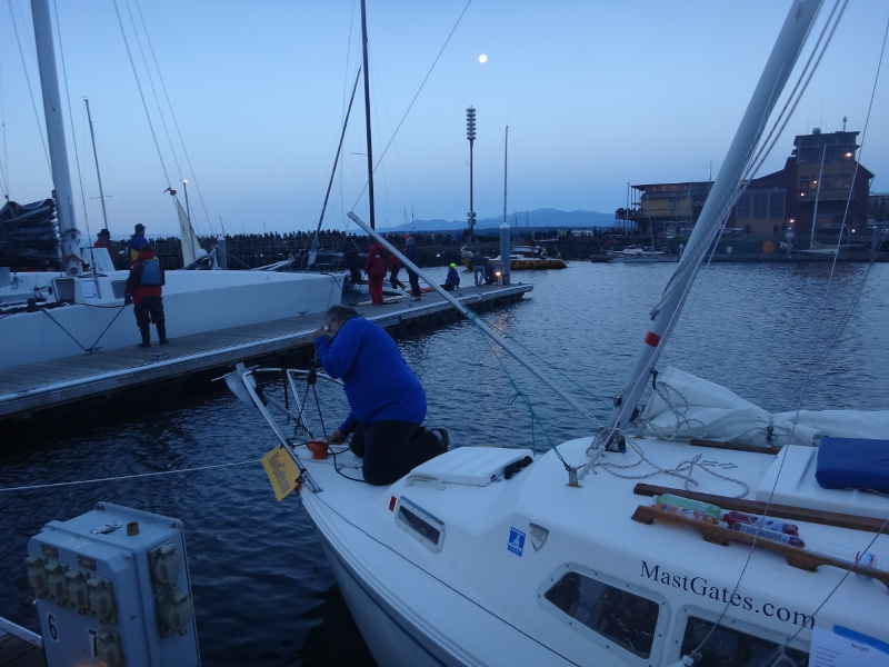 At About 1130p Tom Announced I Forgot To Run The Halyards When Set Up Mast Whoops Too Late For That Night Wed Have Do It In Morning
